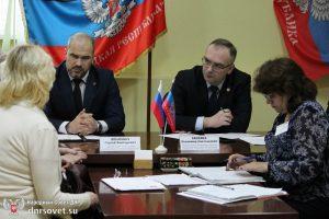 Открытый диалог: приёмы граждан Председателем Народного Совета будут проводиться ежемесячно